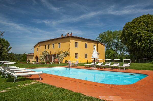 Villa Montelopio Villa