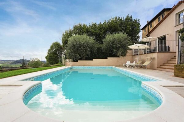 Casa Montefoscoli Villa